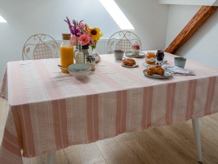 Etno Slava stolnjak roza