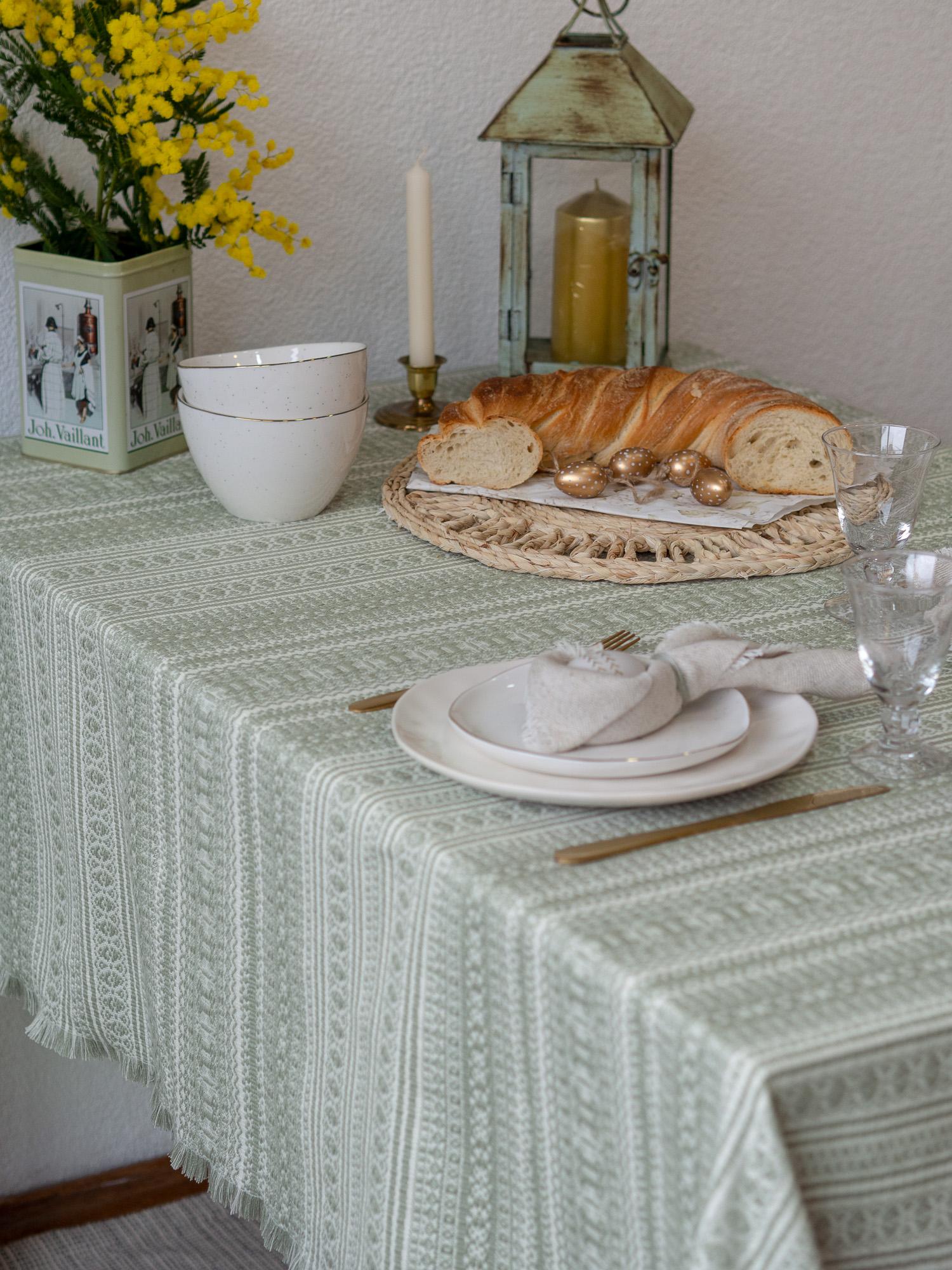 Etno stolnjak pistacio, proljetna kolekcija