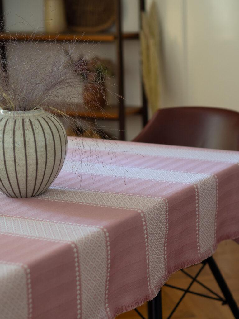 Stolnjak Mara jasmin roza